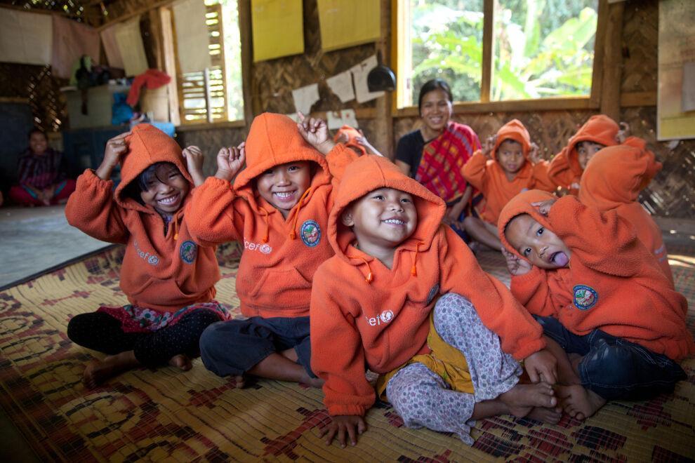 Esikoululaisia Shilchari Para Kendrassa Bangladeshin Rangamatissa.