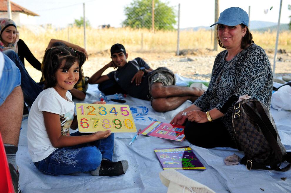 Opiskelua UNICEFin ylläpitämässä lapsiystävällisessä tilassa Makedoniassa.