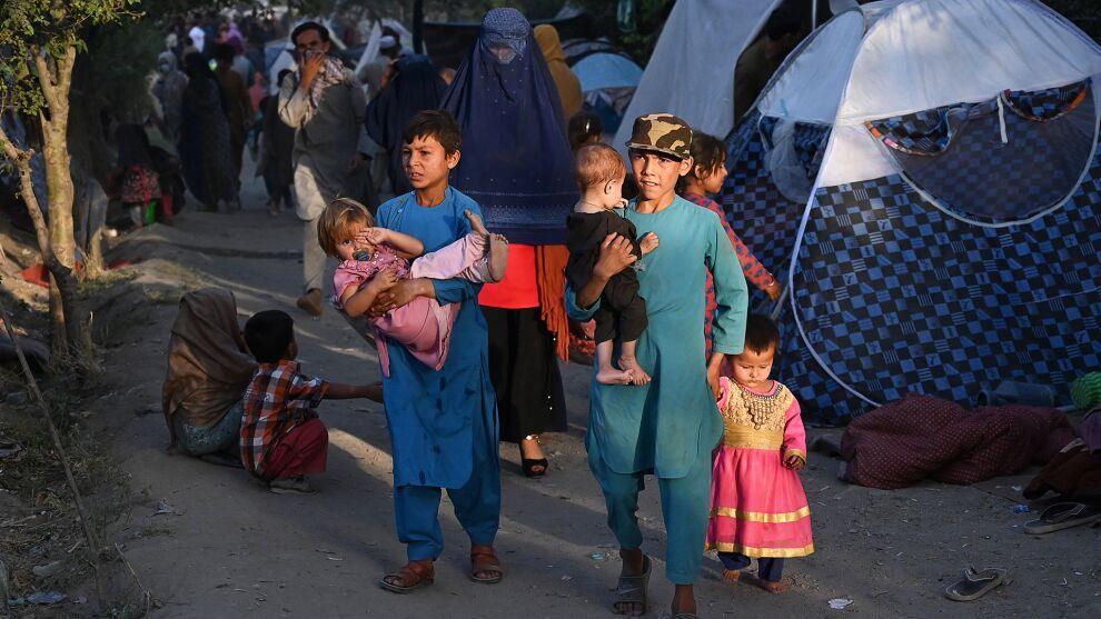 Väkivaltaisuuksia paenneita lapsia väliaikaisella telttaleirillä Kabulissa.Kuva: © UNICEF/UN0502861/Kohsar/AFP