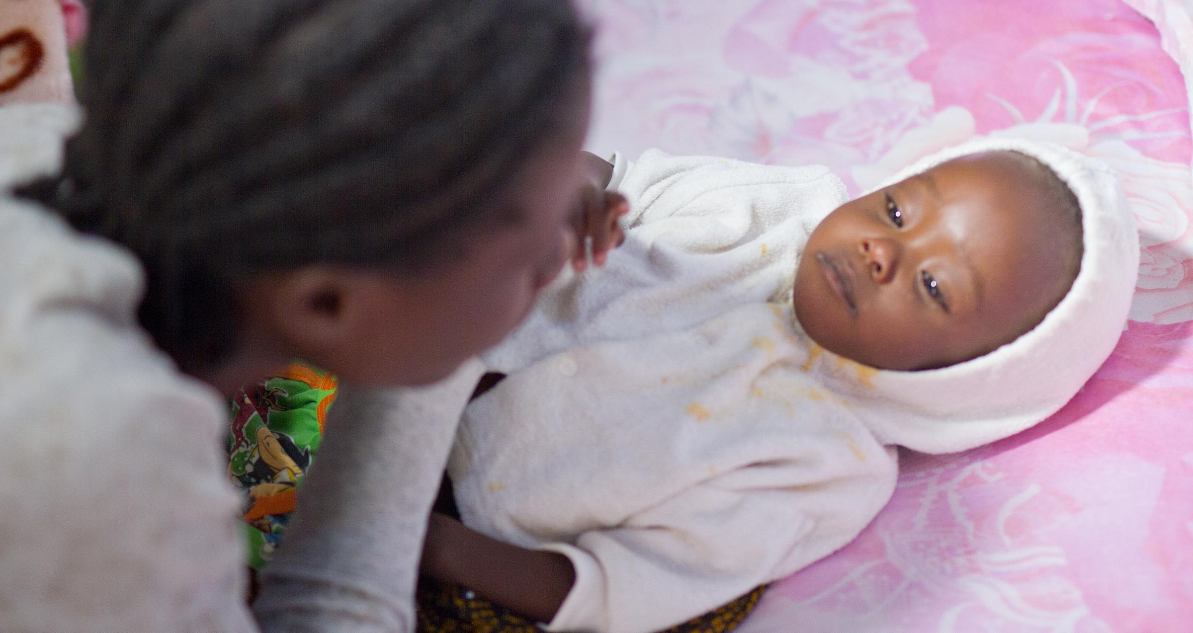 Eteläistä Afrikkaa ja sen lapsia koettelee ennätyskuivuus. © UNICEF/UN023898/Clark