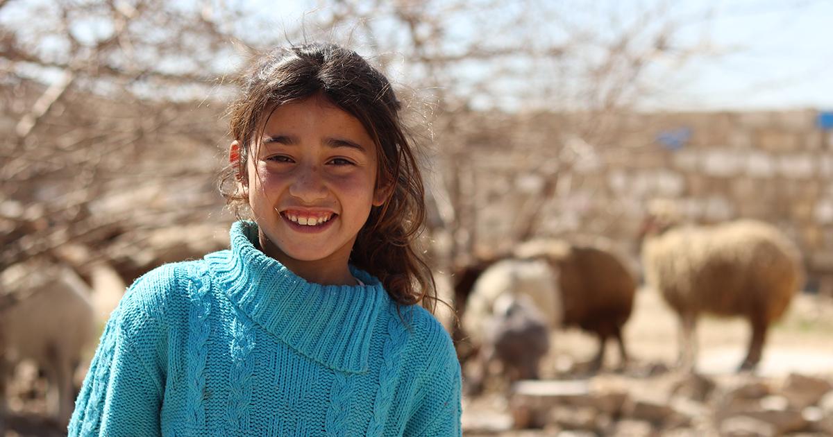 Kinda, 9, on kasvanut koko ikänsä sodan keskellä Syyriassa.