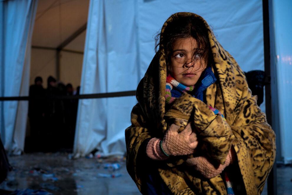 Pakolaistyttö Vinojugin vastaanottokeskuksessa Makedonian Gevgelijassa, lähellä Kreikan rajaa. © UNICEF/UN03023/Gilbertson VII