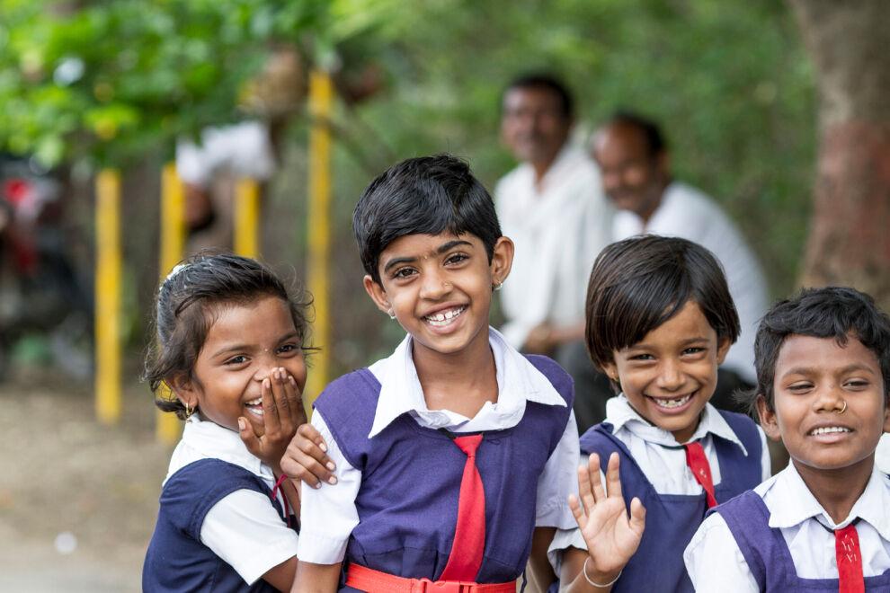Finnairin matkustajien lahjoituksilla tuetaan lapsiystävällistä koulutusta Aasiassa. © UNICEF/UNI144872/Singh