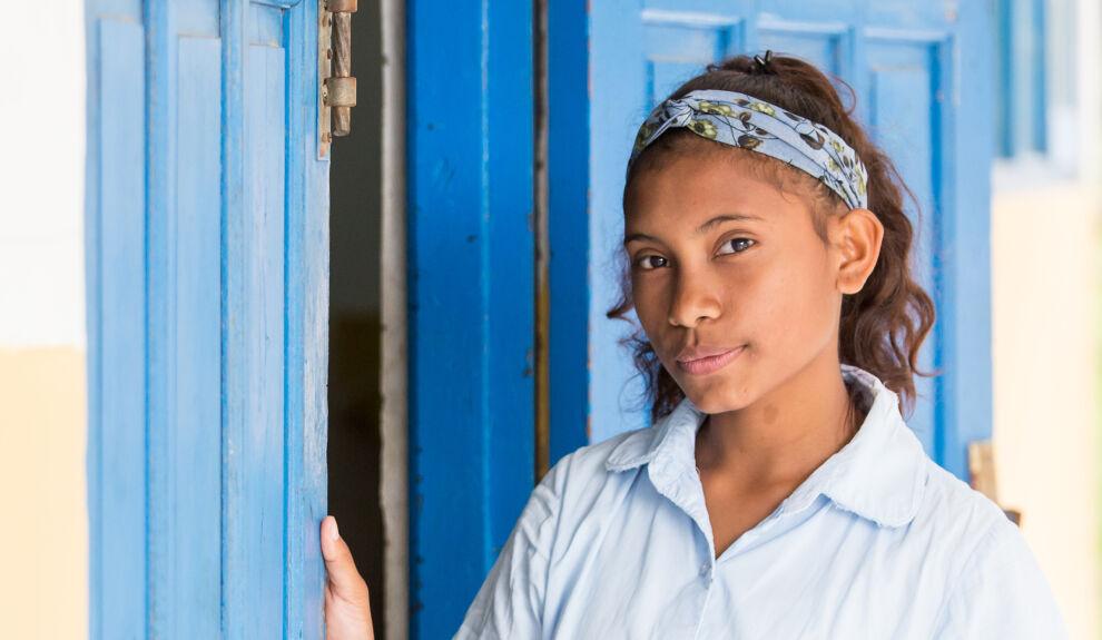 Clarina Fatima Boavida, 14, Itä-Timorista. © UNICEF/UN0187926/Helin