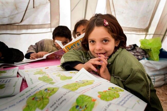 200 000 pakolaislasta pääsee aloittamaan koulun Libanonissa UNICEFin, muiden järjestöjen ja valtioiden tuella.