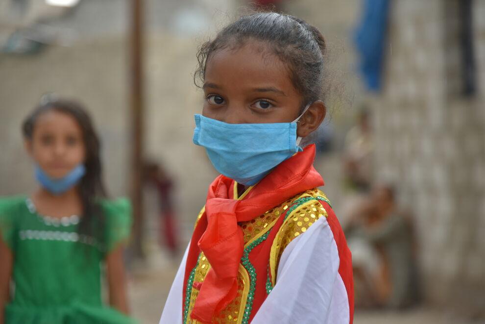 Seitsemänvuotias Jabra osallistui työpajaan, jossa hänelle kerrottiin, kuinka koronavirus leviää ja miten tartuntoja voi ehkäistä. © UNICEF/Jemen 2020