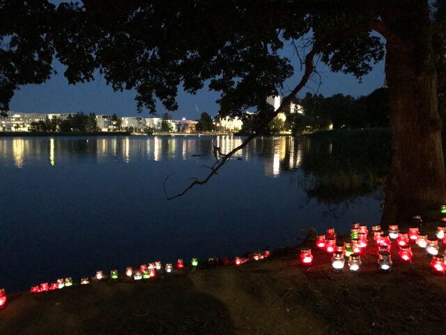 Taiteiden yö: Sytyä kynttiä, auta UNICEFia